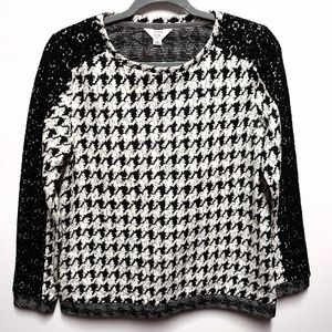 Crown & Ivy Black White Houndstooth Sweater